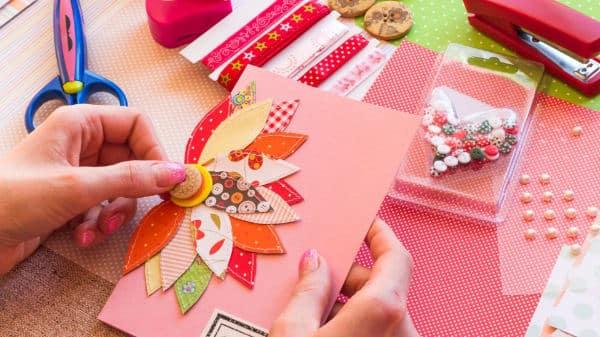 Bastelideen für Kinder - Eine Geburtstagskarte gestalten