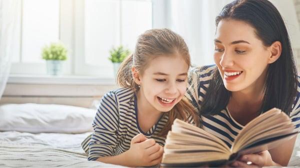 Sprachförderung - Das Vorlesen erweitert den Wortschatz